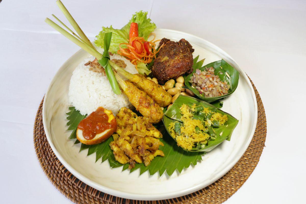 Nasi Campur Dewata