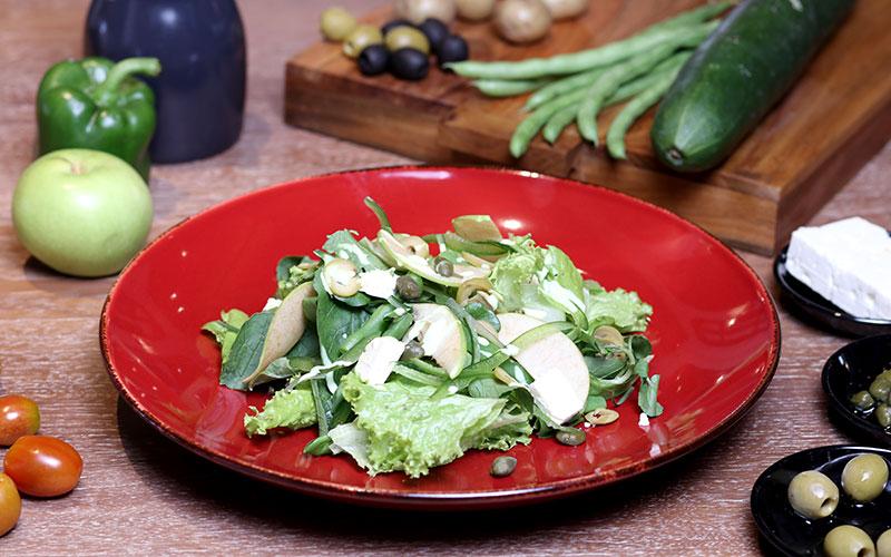 Green Garden Salad